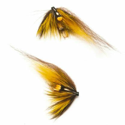 två laxfugor i mönster 'banana split' med hårvinge i färgerna gult och brunt